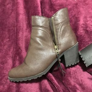 AEROSOLES Shoes - Aerosoles Brown Ankle Boot 10 Wide